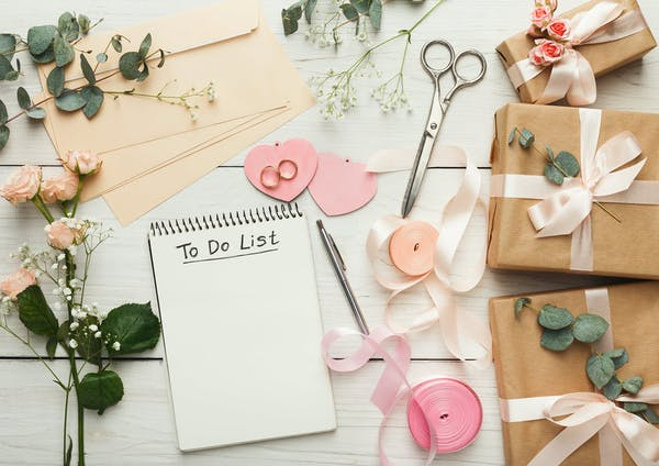 perks for postponing your wedding