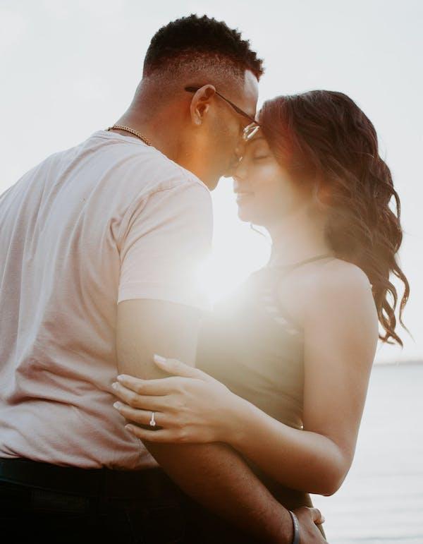 engagement photoshoot tips
