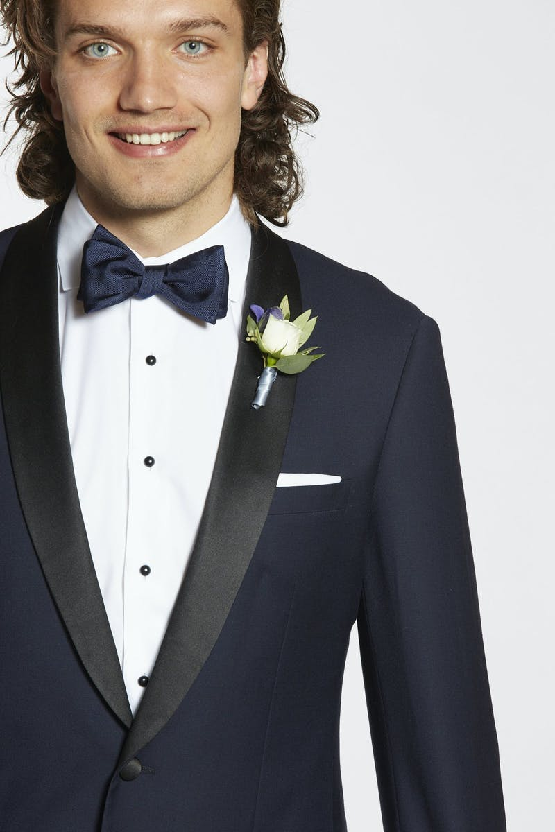 How to pin a boutonniere on a shawl lapel