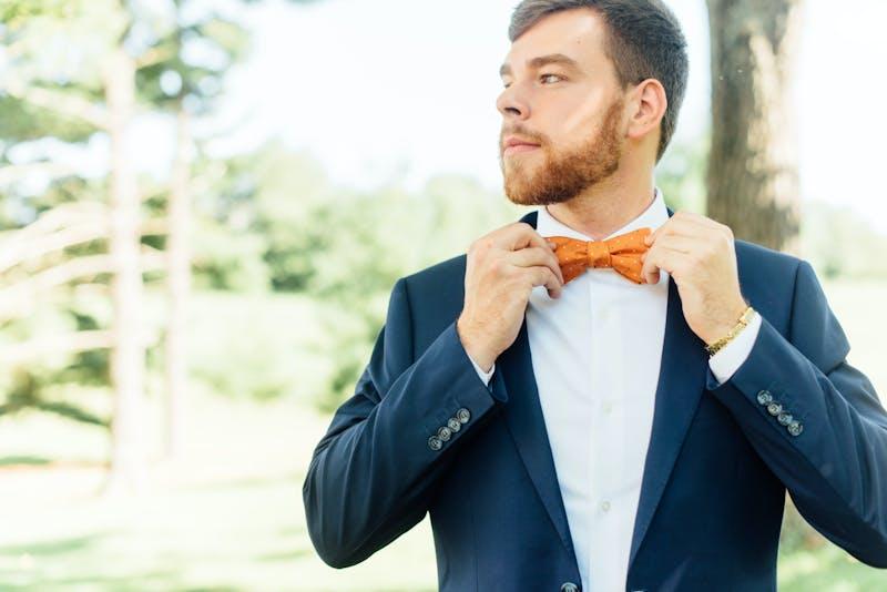 Groomsmen in navy blue wedding suits for men