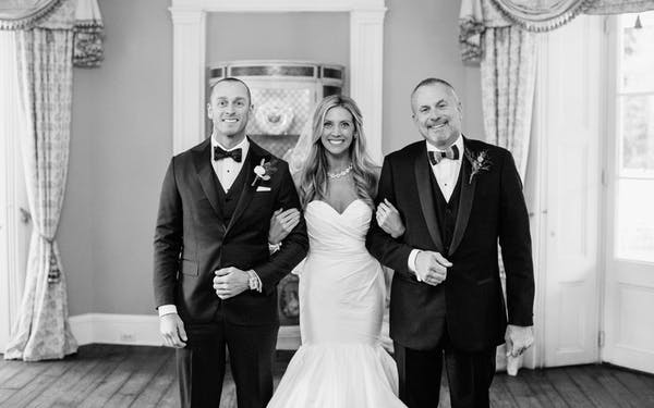 Wedding tuxedos and suits for men. Wedding tips for the father of the bride.