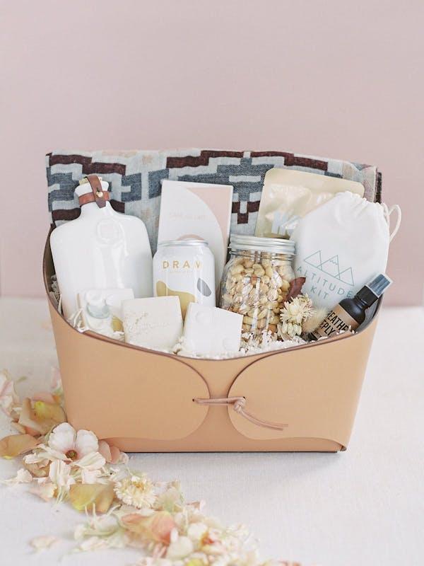wedding gifts for groomsmen