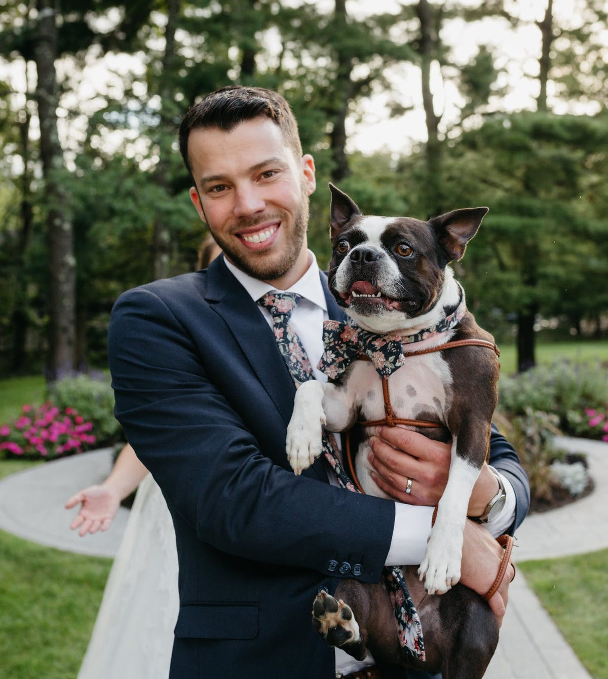 Dogs In Weddings: Make your dog a groomsman
