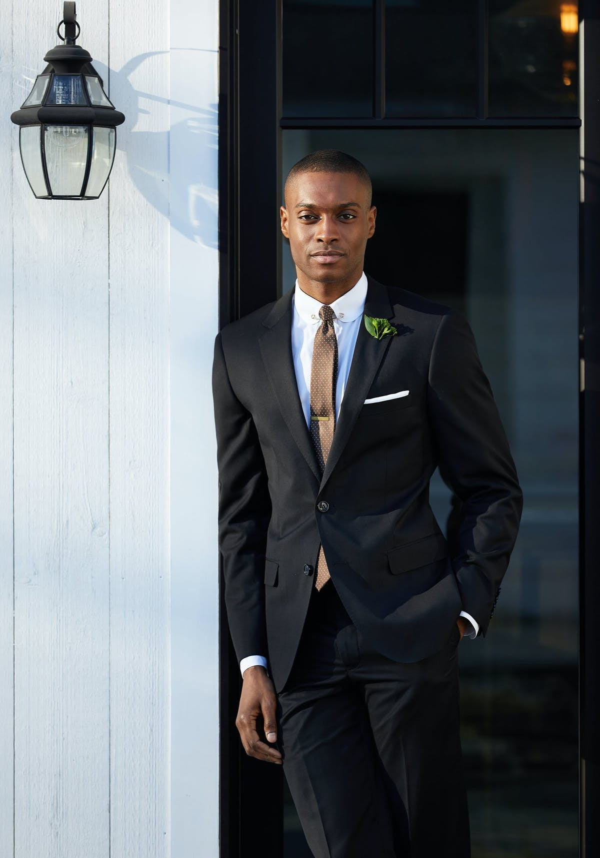 Difference between black tie optional and black tie