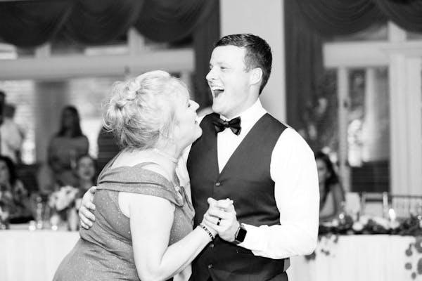 mother son dance wedding
